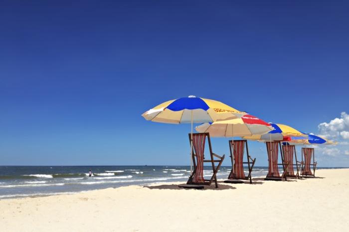 địa điểm du lịch quảng bình đẹp nhất biển nhật lệ