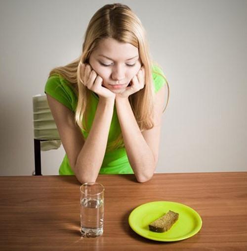 Các phương pháp giảm cân không tốt cho sức khỏe bạn nên tránh - bỏ bữa