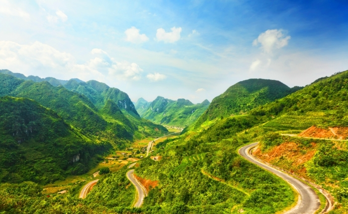 Top 10 Địa điểm du lịch Hà Giang núi cấm sơn