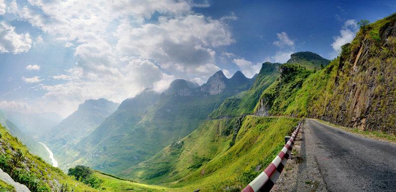 Top 10 Địa điểm du lịch Hà Giang đèo mã pí lèng