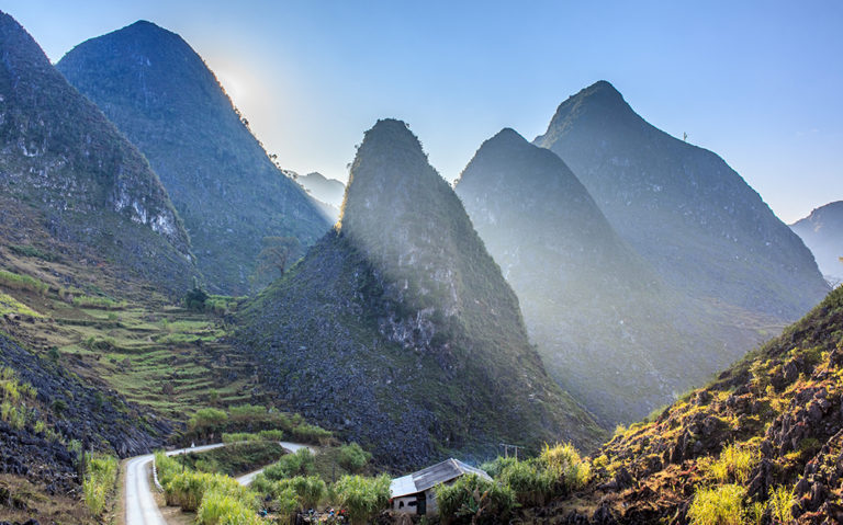Top 10 Địa điểm du lịch Hà Giang thung lũng sùng là